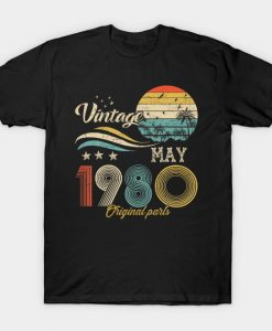 Vintage May 1980 Design 40 Years Old 40th Birthday Gift T-Shirt AI